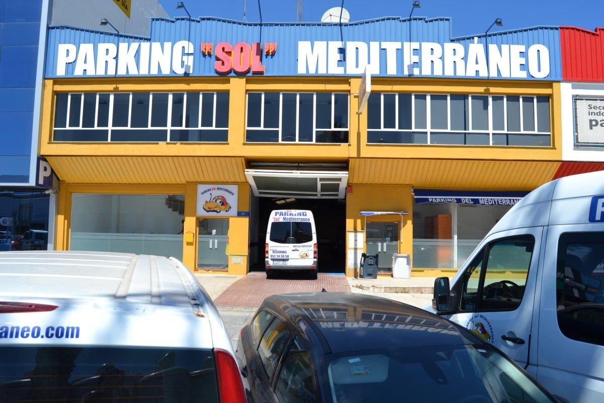 vehiculo cortesia parkingsol