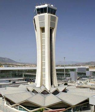 torre aeropuerto malaga